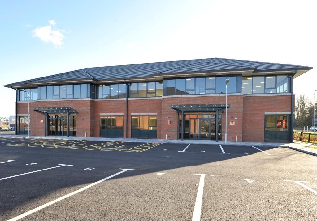 Earls Court, Grangemouth