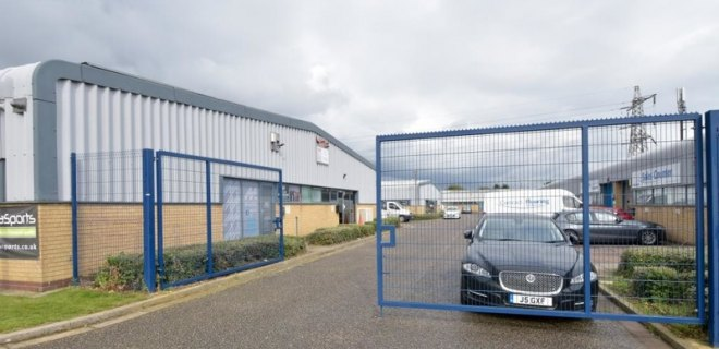 Wulfric Square Industrial Units To Let Peterborough (9)