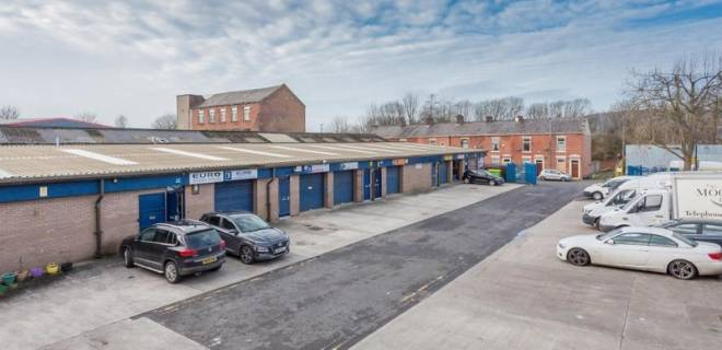 Moorings Close Industrial Estate - Units To Let (24)