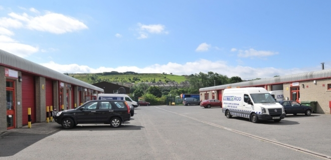 Industrial Unit To Let - Spa Fields Industrial Estate, Slaithwaite