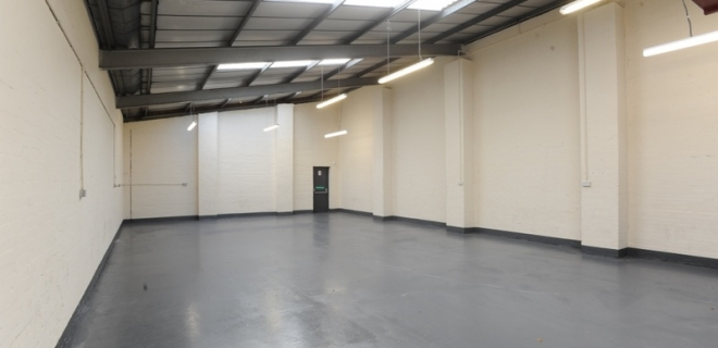 Industrial Unit To Let - Two Woods Trading Estate, Brierley Hill