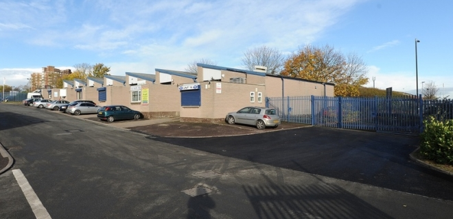 Industrial Unit To Let - Vauxhall Trading Estate, Saltey