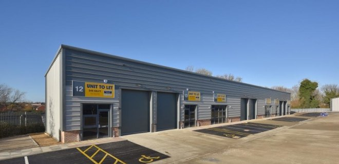 Leyland Trading Estate   - Industrial Unit To Let - Leyland Trading Estate, Wellingborough