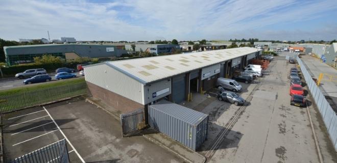 Industrial Unit To Let -  Marfleet Lane Industrial Estate