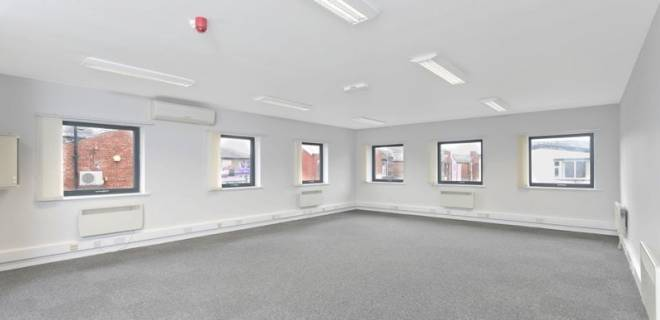 Balfour Court - internal images offices to let Preston (3)