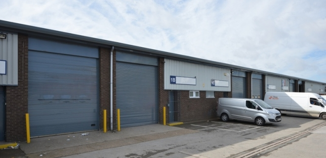 Industrial Unit -  Marfleet Lane Industrial Estate