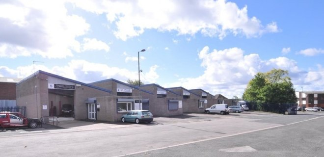 Industrial Unit To Let - Primrose Hill Trading Estate, Netherton