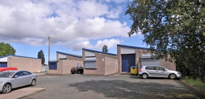 Vernon Trading Estate  - Industrial Unit To Let - Vernon Trading Estate, Blackheath