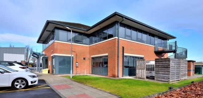 Earls Court Offices To Let Grangemouth (10)