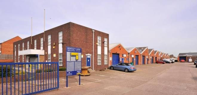 Bentley Lane offices to let (1)