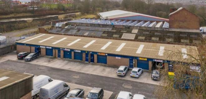 Moorings Close Industrial Estate  - Industrial Unit To Let - Moorings Close, Blackburn