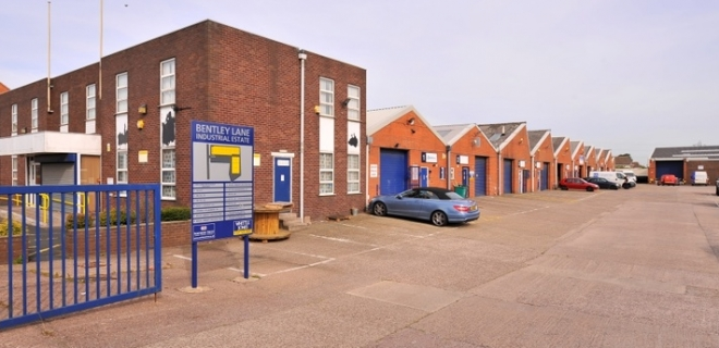 Industrial Unit To Let - Bentley Lane Industrial Estate, Walsall