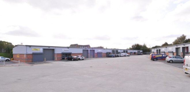 Birch Court Workshop Units To Let Warrington (6)