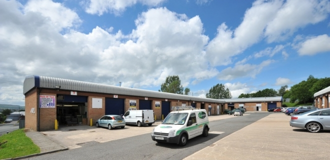 Industrial Unit To Let - Balderstone Close Industrial Estate, Burnley