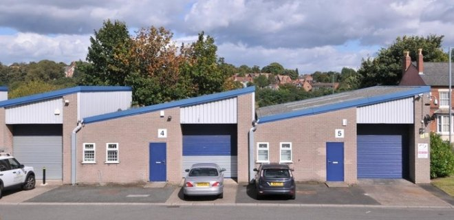 Park Trading Estate  - Industrial Unit To Let - Park Trading Estate, Hockley