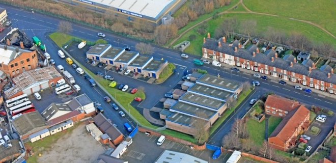 Industrial Unit - Park Trading Estate, Hockley
