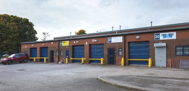 Waterloo Industrial Estate  - Industrial Unit To Let- Waterloo Street Industrial Estate , Bolton