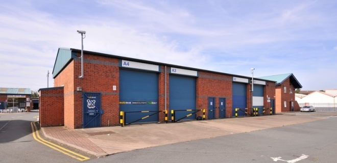 Industrial Unit To Let - Brook Street Business Centre, Tipton