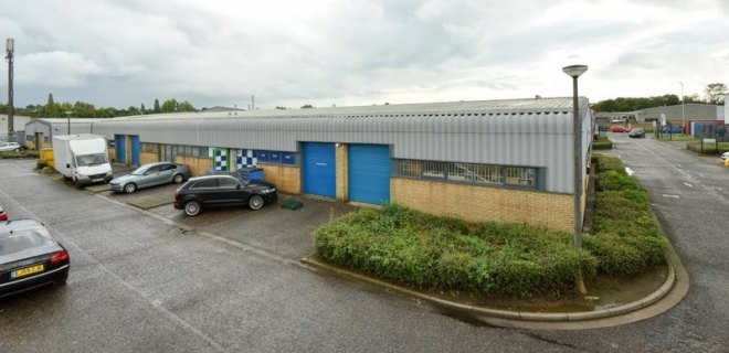 Wulfric Square Industrial Units To Let Peterborough (7)