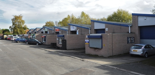 Industrial Unit To Let - Tile Cross Trading Estate, Marston Green