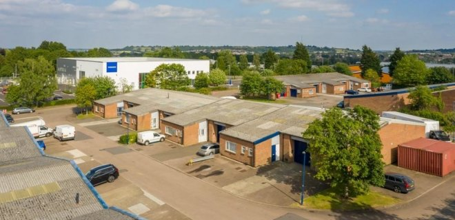 Royal Oak Trading Estate  - Industrial Unit To Let - Royal Oak Trading Estate, Daventry
